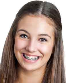 dansie-orthodontics-smiling-teen-with-braces-family-orthodontics